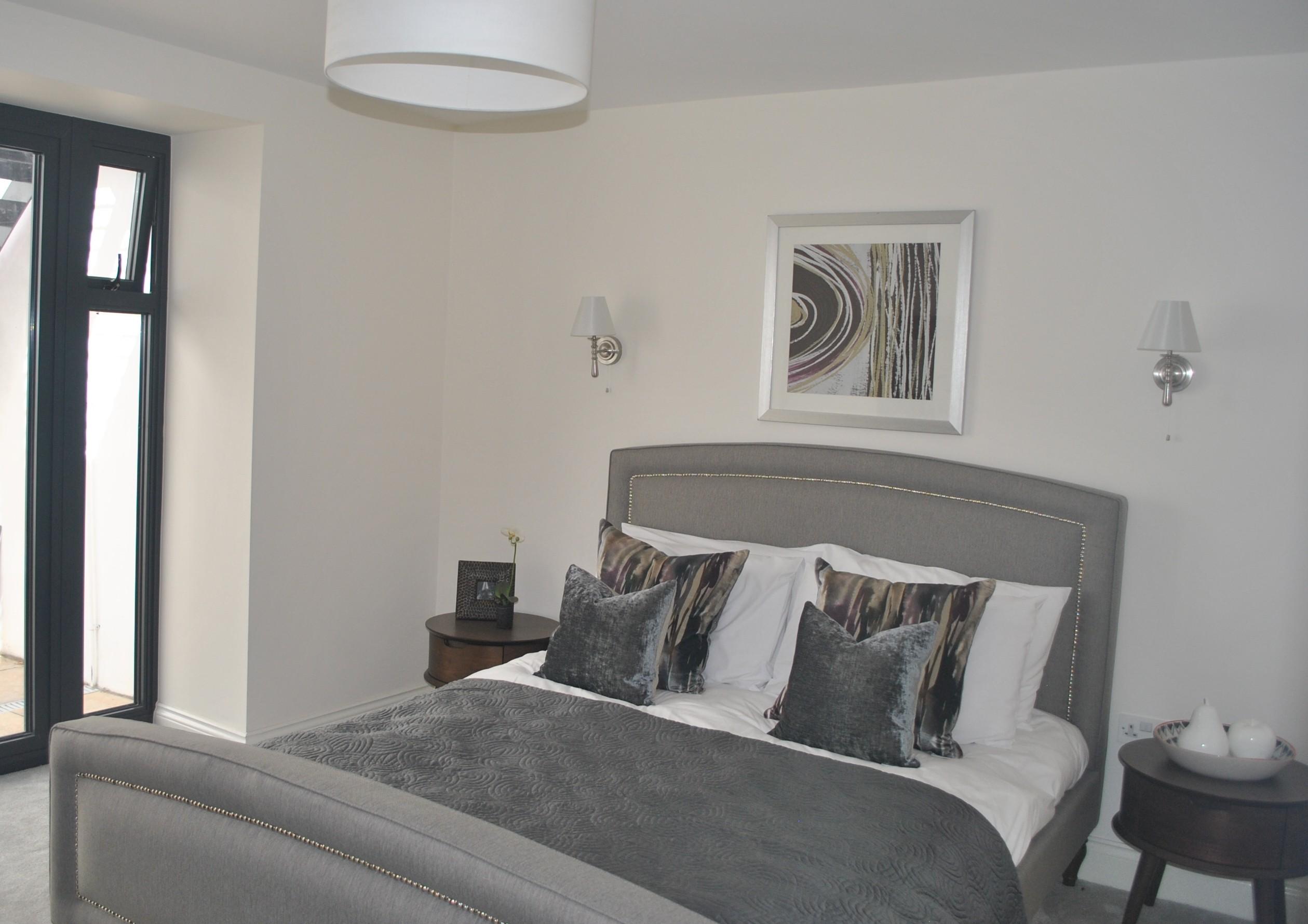 08 Eastnor Basement bedroom